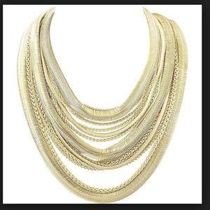 Kendra Scott Wylie Statement Necklace in Gold